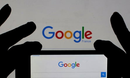 Google France is part of a tax investigation following a raid on its Paris HQ.