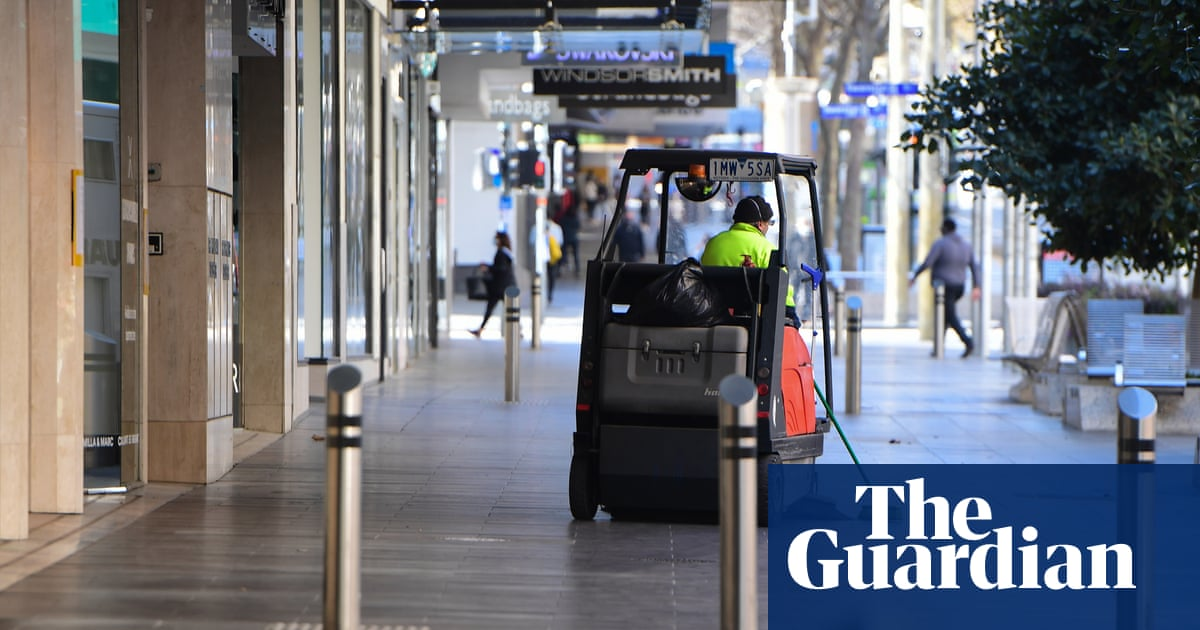 Casual workers to get government-funded sick leave in Victorian trial