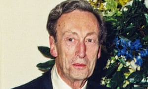 Stephen Semple retired as professor of medicine and head of department at the merged UCH and Middlesex school in 1991, but continued research and teaching at Imperial College until the age of 86.