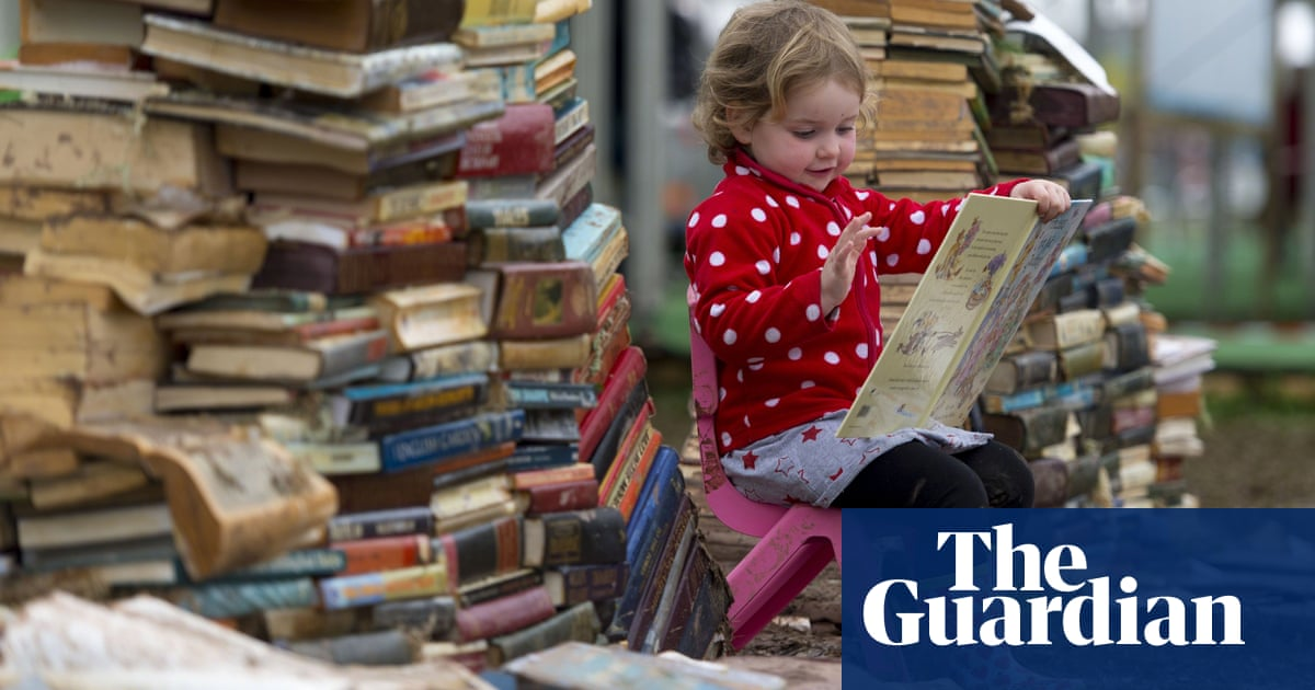 Books To Give Us Hope Philip Pullman Jacqueline Wilson Rose