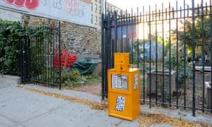 A New York compost box.