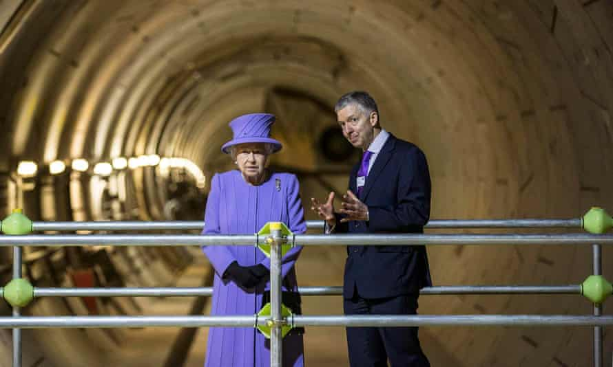 Mike Brown and the Queen at Crossrail tunnel