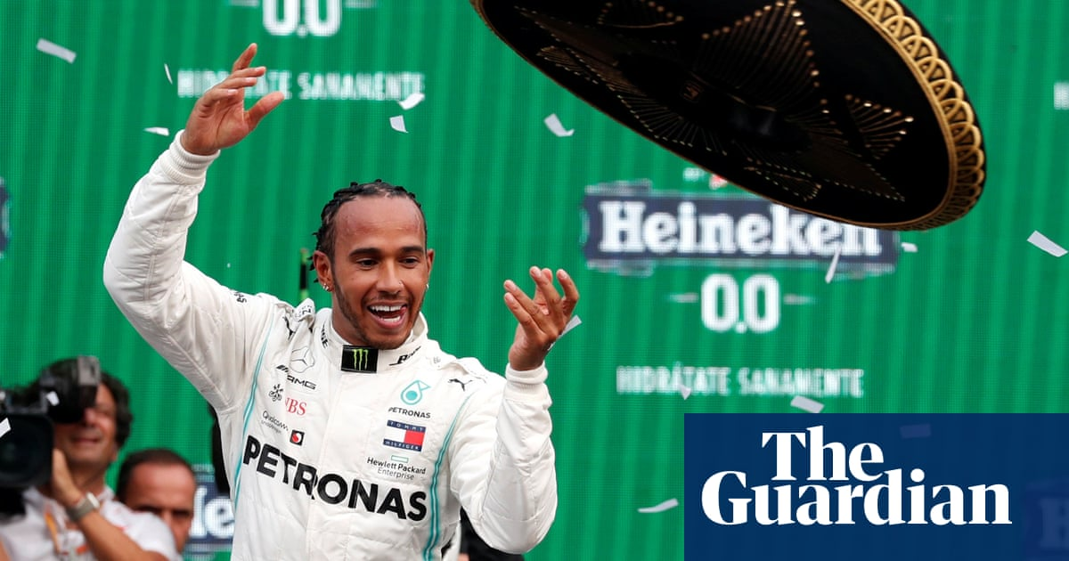 Lewis Hamilton claims Mexico Grand Prix but has to wait for title