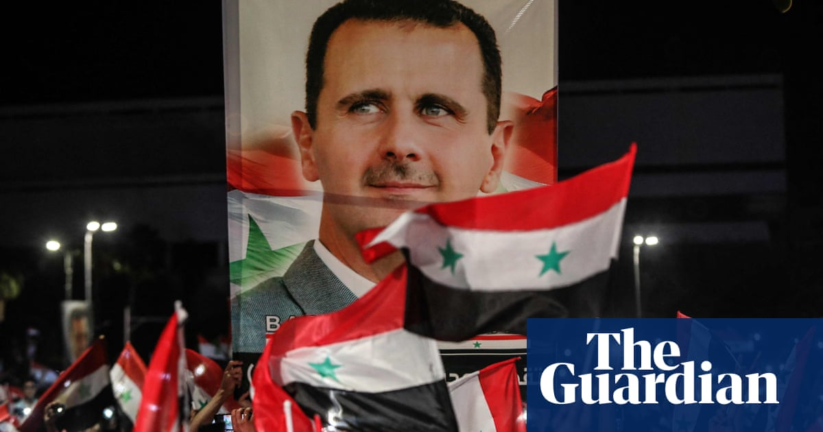 Syrian exiles forced to prop up regime with fees for avoiding conscription