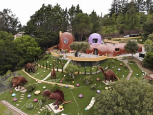 Hillsborough, US: An aerial view of the Flintstone House in California