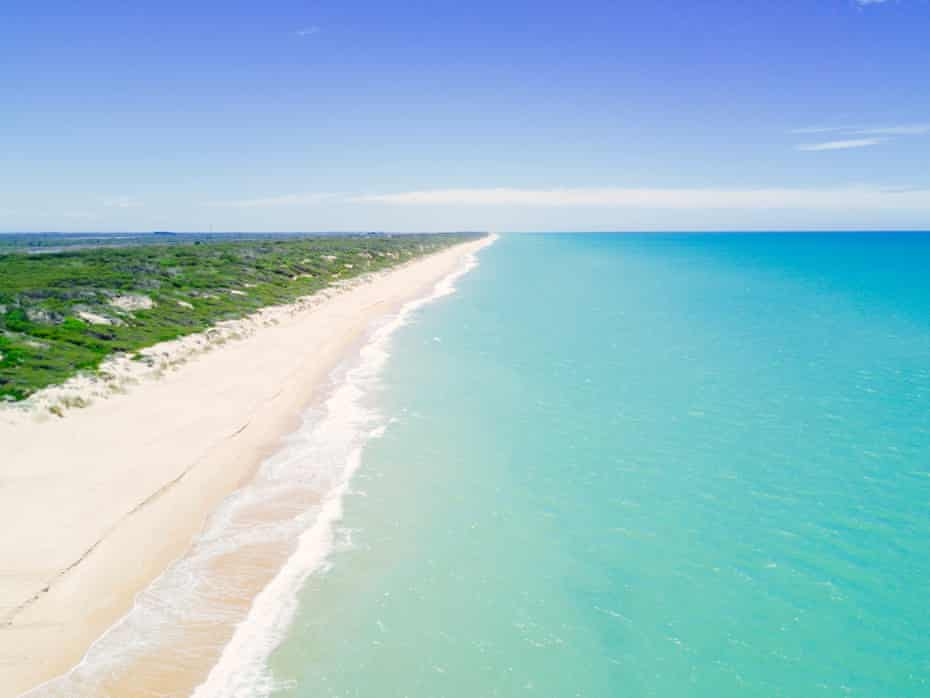 The isolated Ninety Mile Beach on the edge of Gippsland Lakes is popular for surf fishing, swimming, camping and long beach walks.