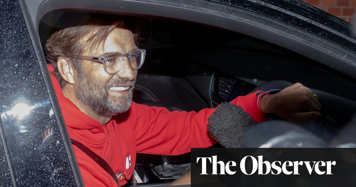 Jürgen Klopp vows to keep Liverpool squad together after title triumph