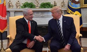 Benjamin Netanyahu and Donald Trump shake hands