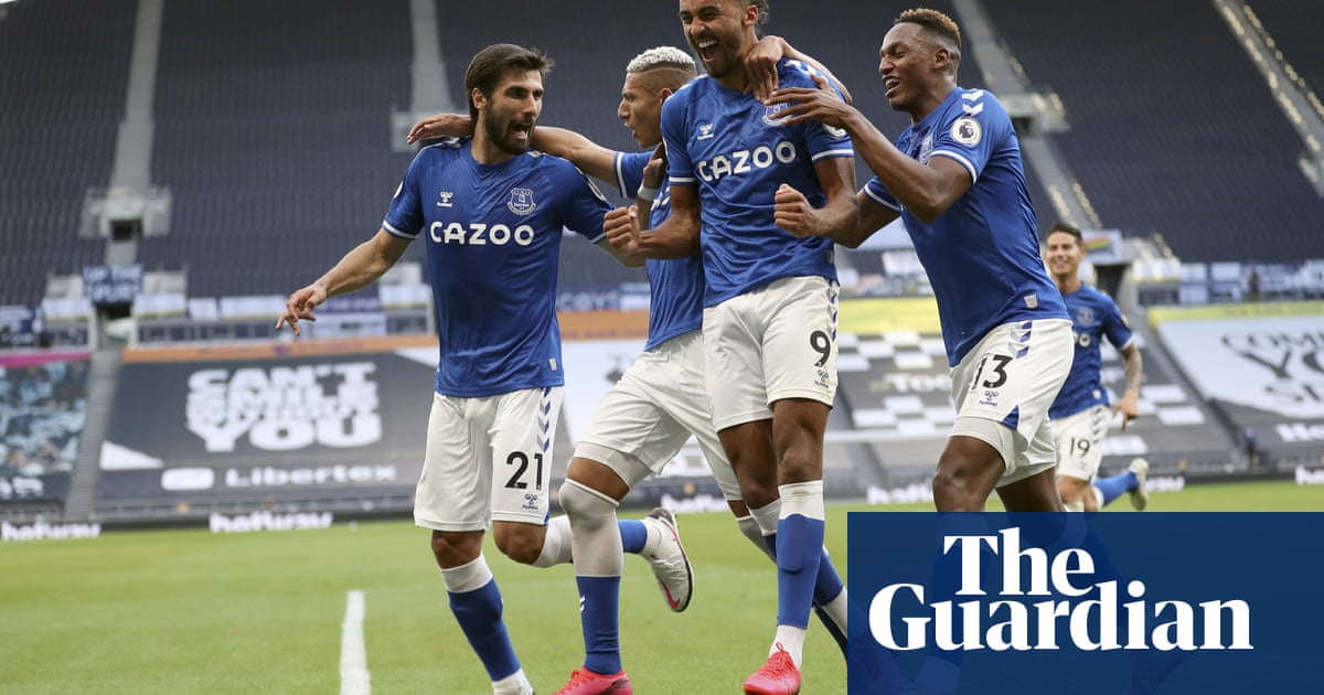 Dominic Calvert-Lewin gets Everton off to winning start at Tottenham
