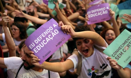 Thousands protest in Brazil against education cuts