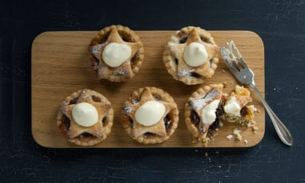 It doesn't have to be like this ... conventional mince pies