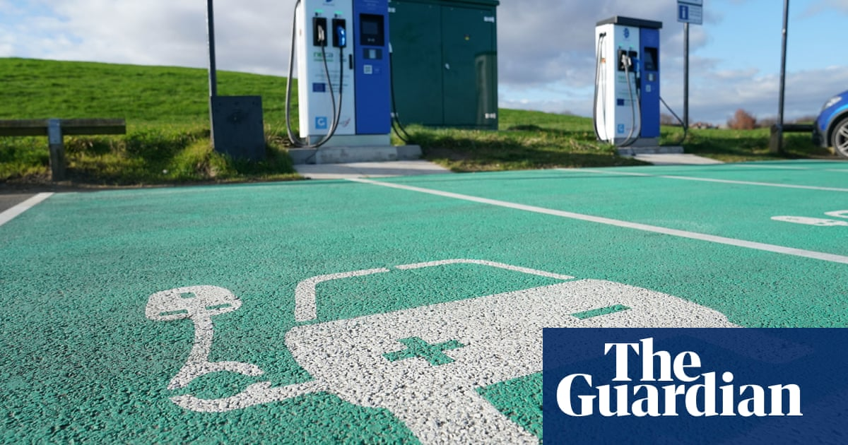 Electric cars: UK government urged to prevent 'charging deserts'