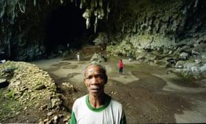Flores cave