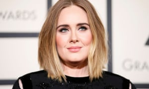 Adele arrives at the 2016 Grammys.