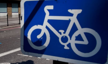 Woman knocked down while texting wins payout from cyclist