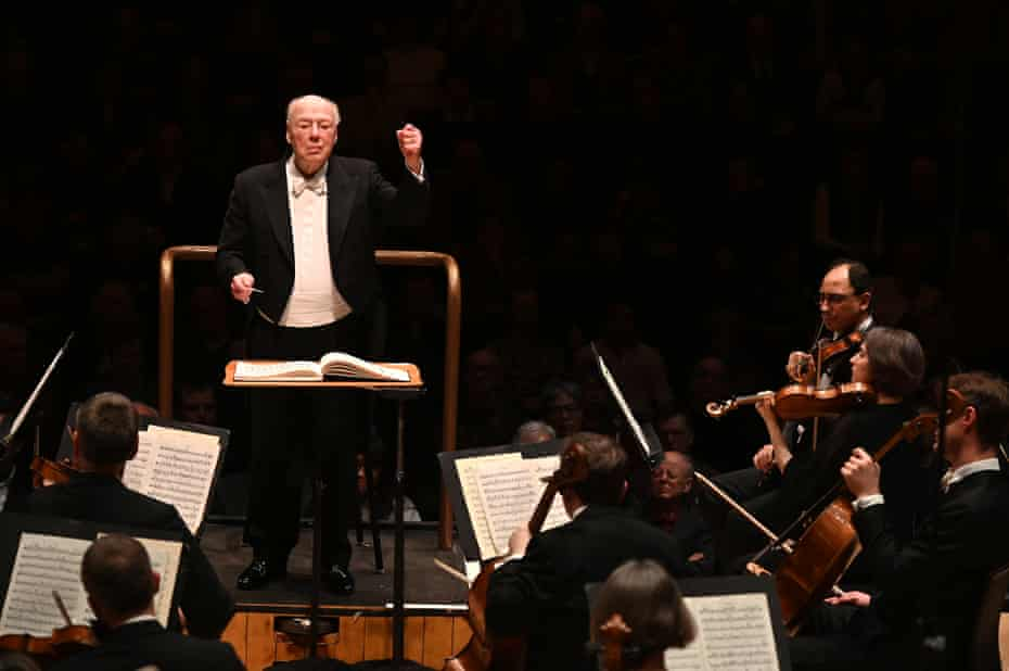 Bernard Haitink conducting the LSO at the Barbican, as part of his 90th birthday celebrations.