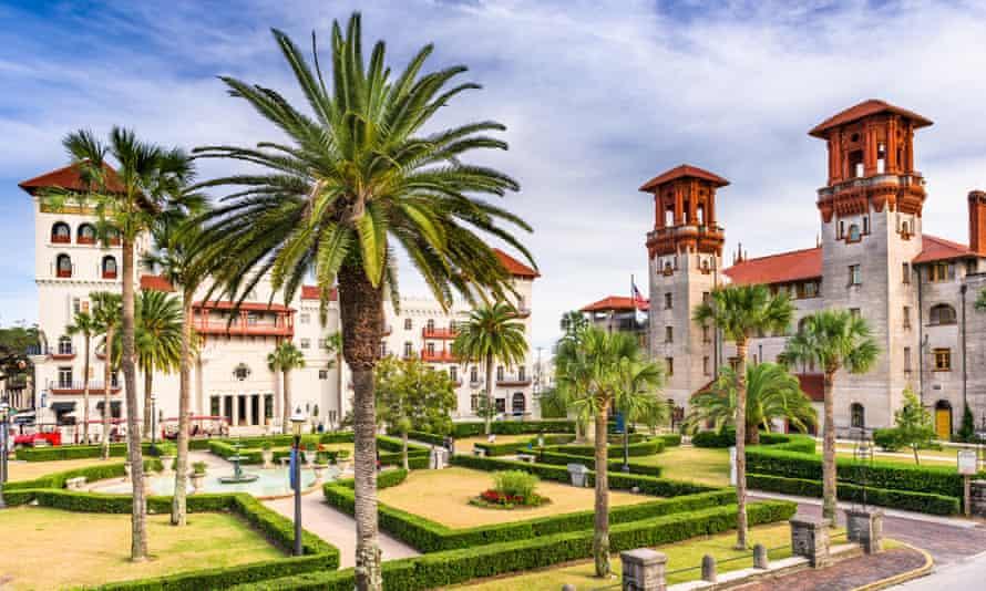 City hall and Alcazar Courtyard, St Augustine