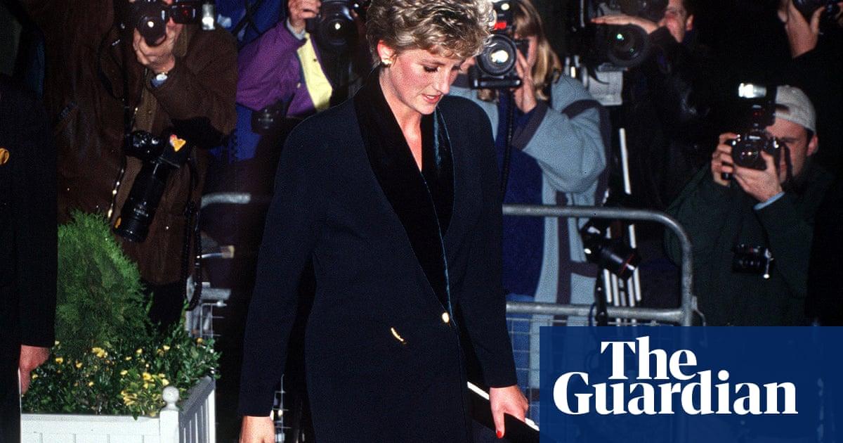Amanda Wakeley fashion label falls into administration