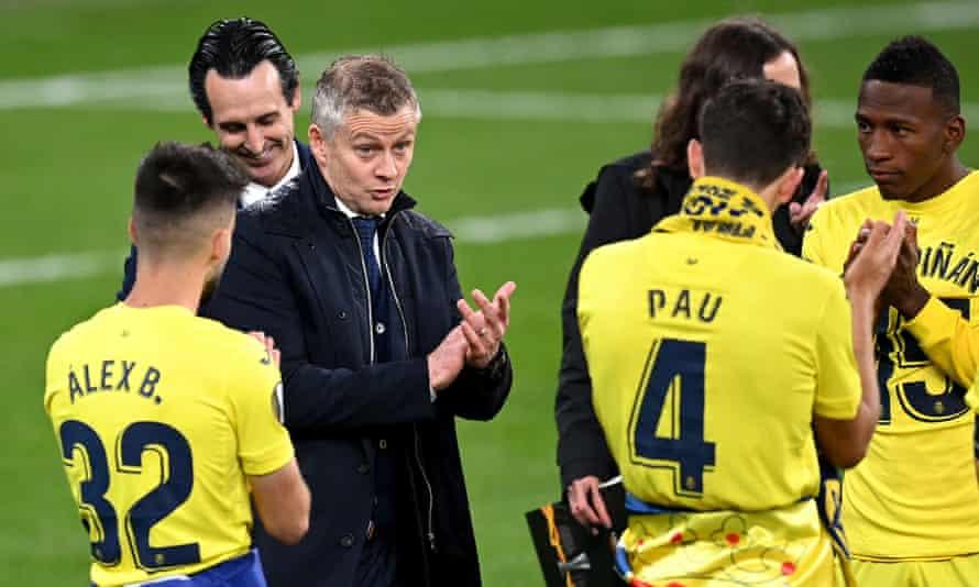 Ole Gunnar Solskjær congratulates Villarreal on their victory.