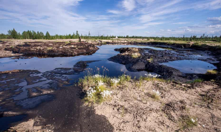 Small but numerous spills in the Komi Republic threaten fish stocks, pasture land and drinking water.