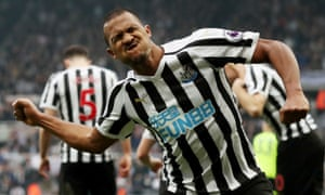 Salomón Rondón celebrates after giving Newcastle the lead early in the second half.