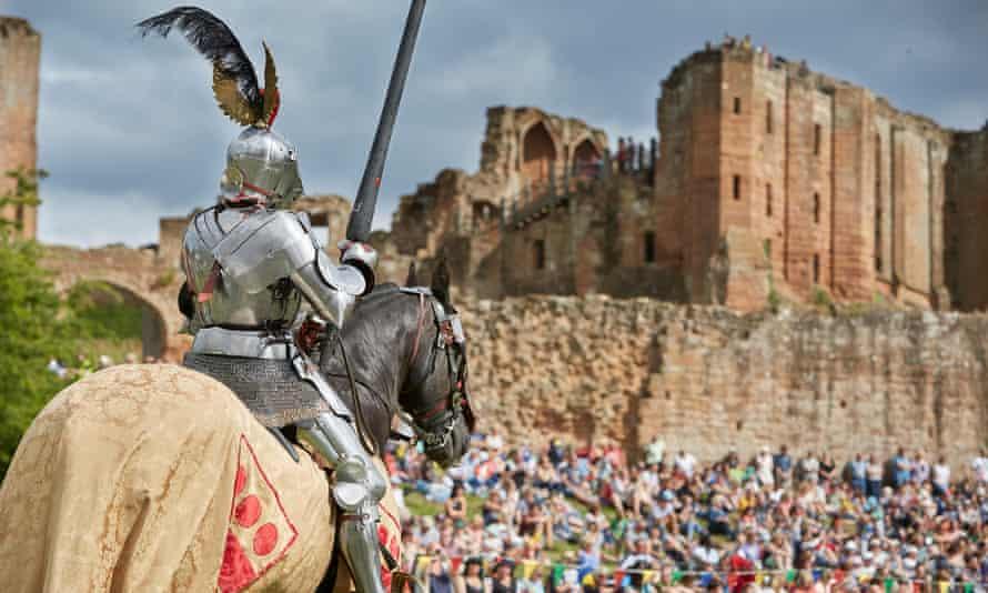 Kenilworth castle with knight on horseback