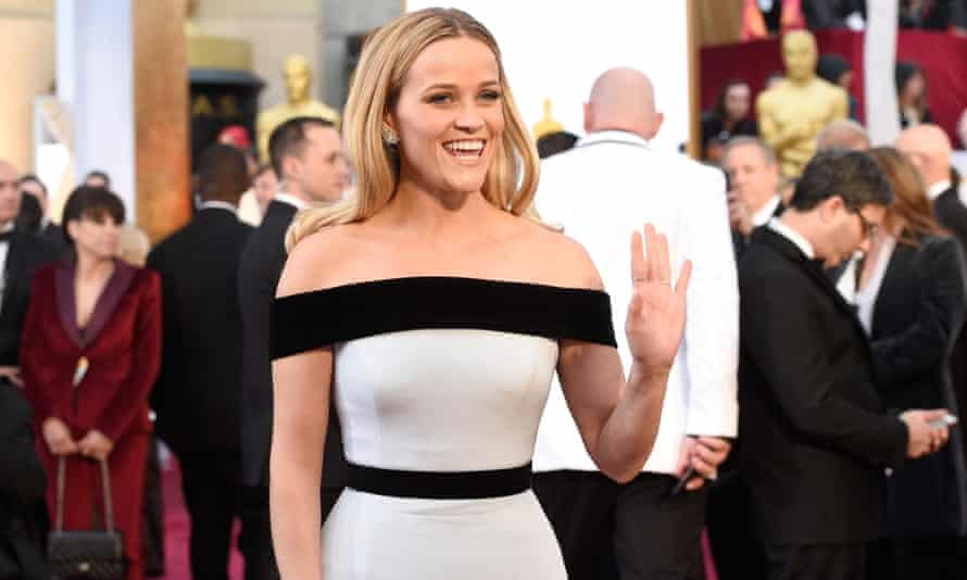 Reese Witherspoon on the red carpet Oscars