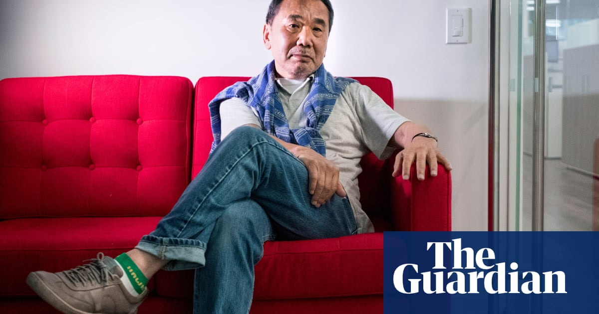Haruki Murakami to host lockdown radio show in Japan