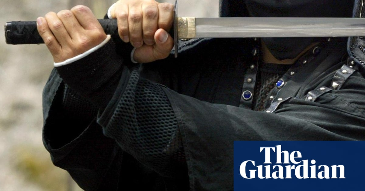 Man requests sword fight with ex-wife and lawyer to settle legal dispute