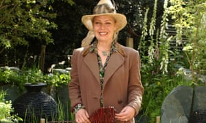 Kim Wilde at Chelsea flower show in 2005