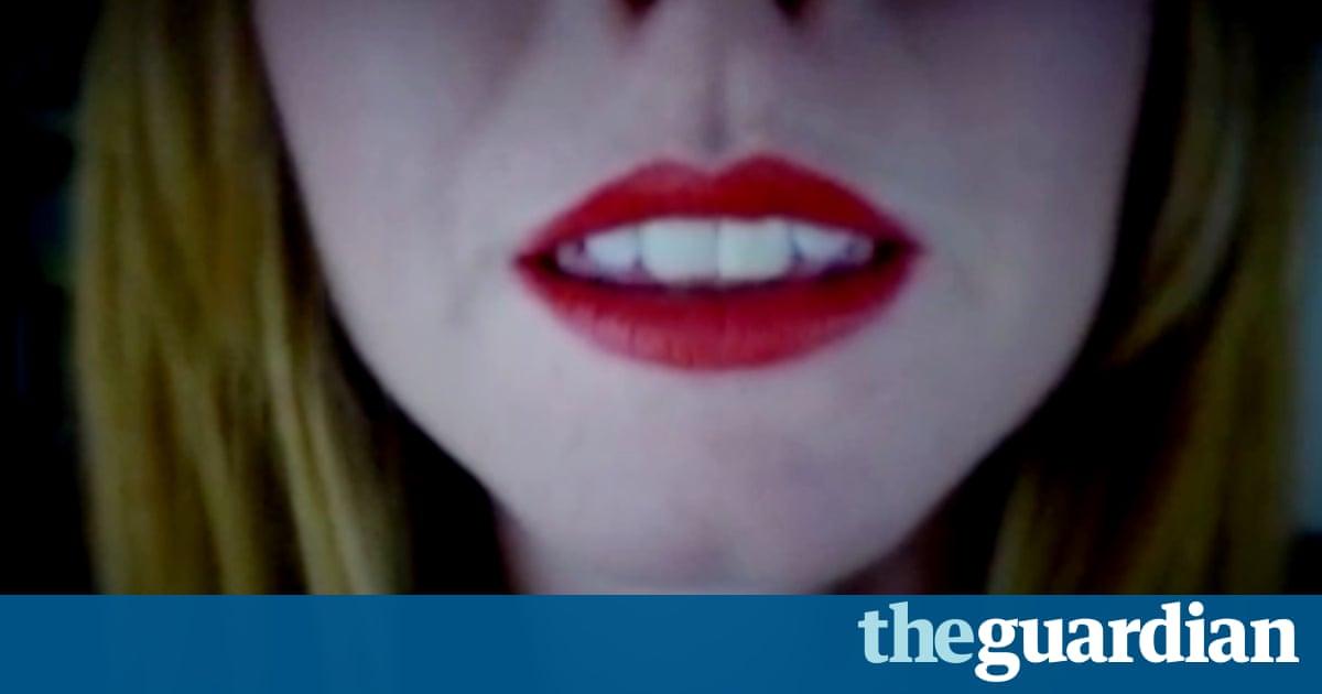 Fuzzy lips 1 - 2 6
