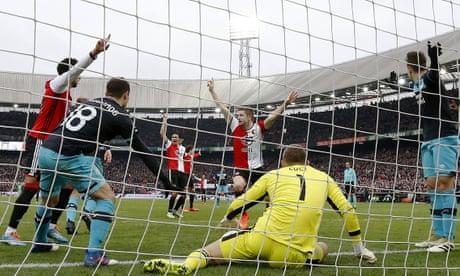 Goal-line technology crushes PSV title hopes after agonising blunder – video