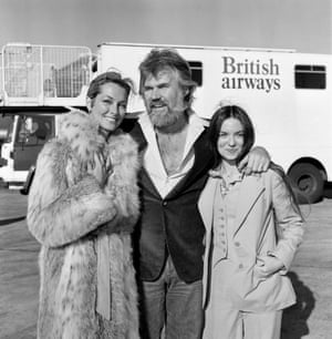 Kenny Rogers at Heathrow with his bride of a few weeks, television star Marianne Gordon, and country singer Crystal Gayle