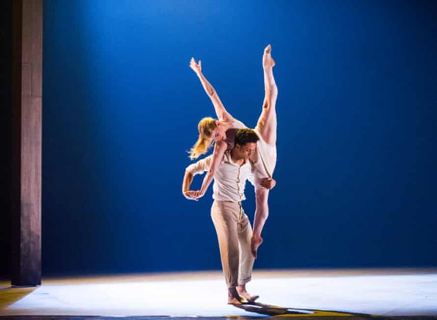 Dane Hurst and Hannah Rudd in Transfigured Night by Kim Brandstrup and Rambert at Sadler's Wells in 2015.