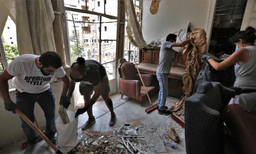 Volunteers clean up