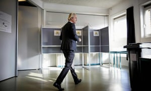 Geert Wilders casts his vote in The Hague