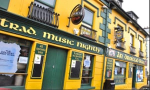 A traditional pub in Dingle.