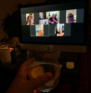 Samantha Payne and her friends having a virtual dinner party