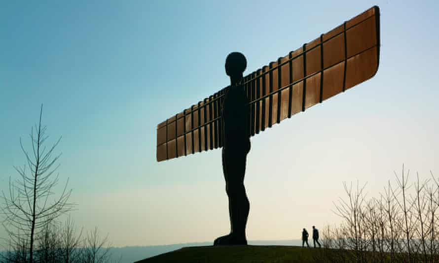 'It weighed 200 tonnes but seemed to fly' … The Angel of the North.