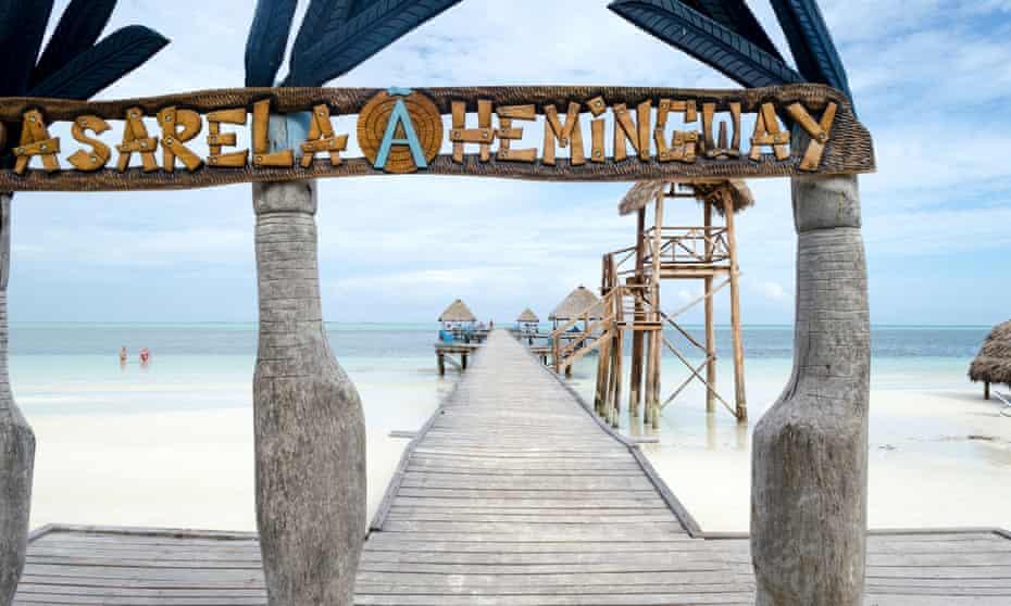 Cayo Guillermo Hemingway pier