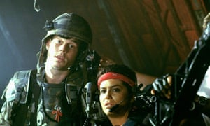 Bill Paxton and Jenette Goldstein in Aliens, 1986.