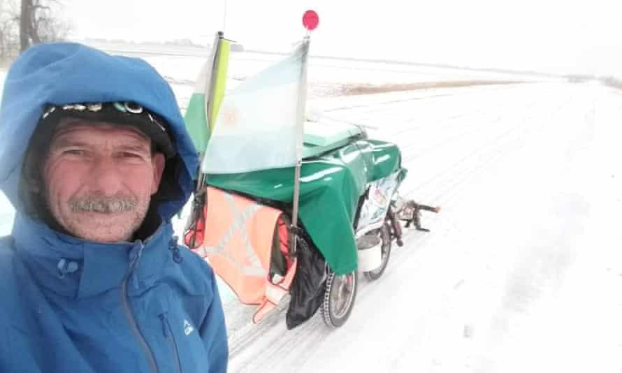 Martin Echegaray Davies with his trailer
