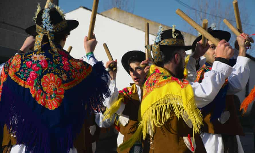 Pauliteiros folk dance