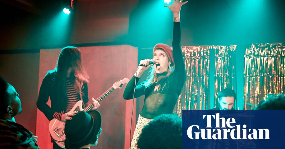 'Everyone was going full pelt': how Giddy Stratospheres captured indie's hedonistic 00s