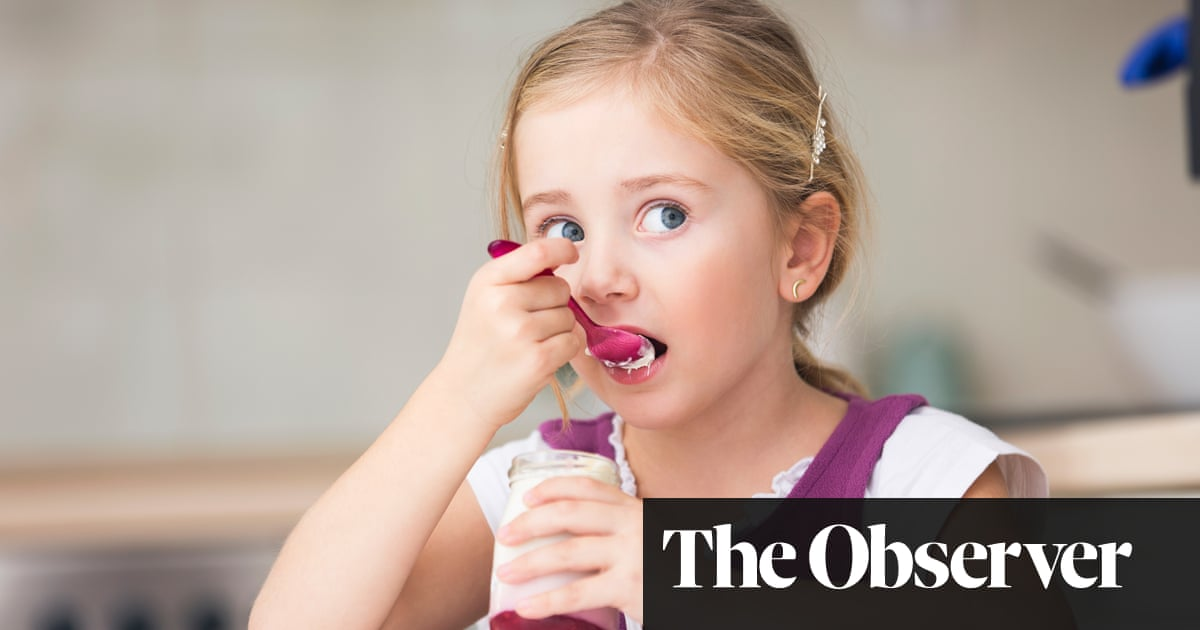 Cut food waste at home by sniffing and tasting, urges new campaign