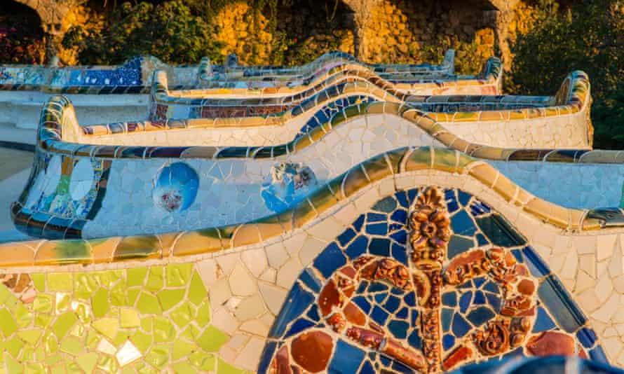 Close-up of mosaic benches at Park Güell.