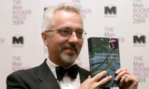 Hollinghurst winning the Man Booker Prize in 2004.