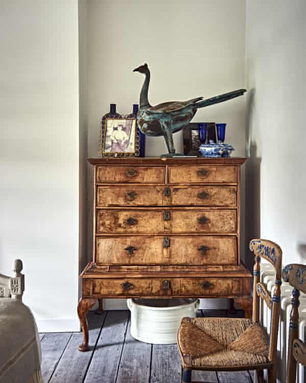 Curio collection: antique furniture and nice old bits and pieces.