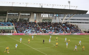 A buzzing Academy Stadium crowd watched the home side go a point clear at the WSL summit.