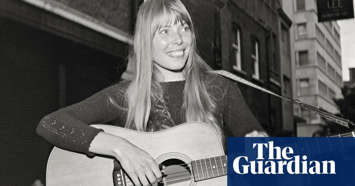 Joni Mitchell: Im a fool for love. I make the same mistake over and over